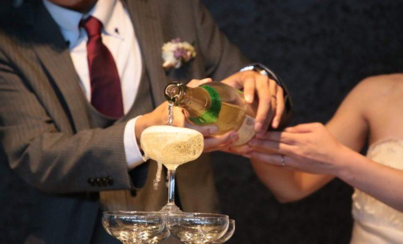 の シャンパン 法則 タワー 【幸せ】は自分から? あなたが生きやすくなる【シャンパンタワーの法則】とは?